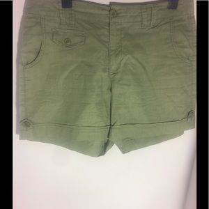Pants - Green Shorts